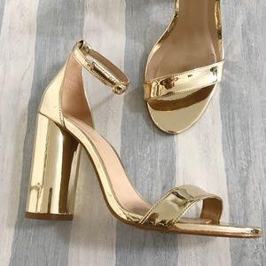 Aldo Mirror gold Helsa ankle strap sandal, Size 7